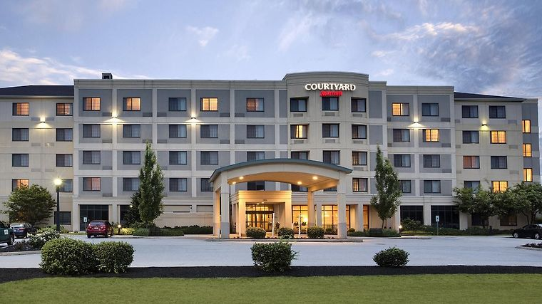 Hotel Courtyard Lancaster Pa 3 United States From Us
