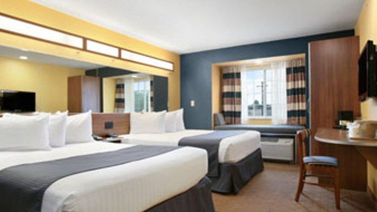 Microtel Inn & Suites By Wyndham Chili/Rochester A Room