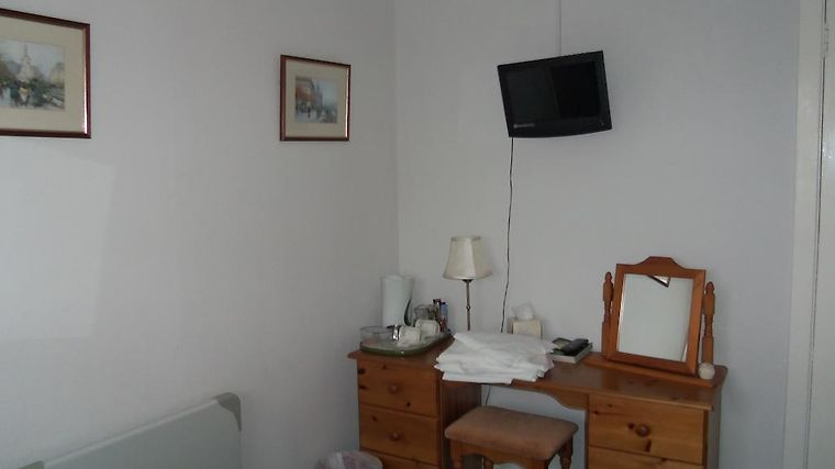Dalbeattie Guest House Room