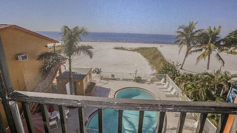 Kona Beach Club 308 Apartment Fort Myers Fl United States From Us 415 Booked