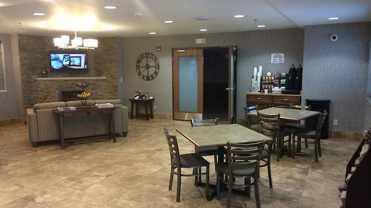 Minot Hotels With Jacuzzi Suites
