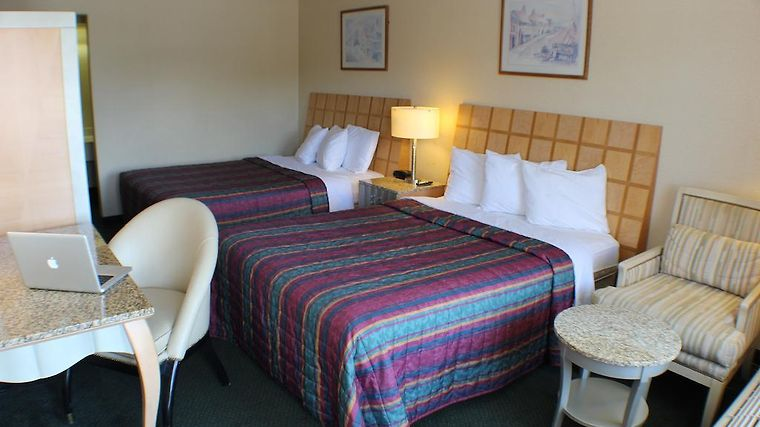 Days Inn Greeneville Room