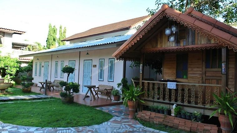Natcha Guest House Exterior Hotel information