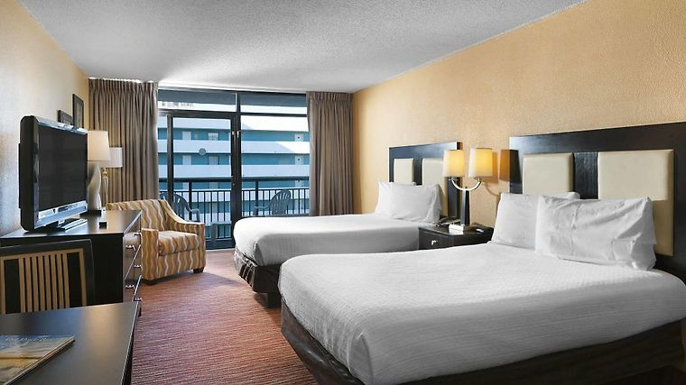 Hotel Landmark Resort Myrtle Beach Sc 3 United States From Us 98 Booked