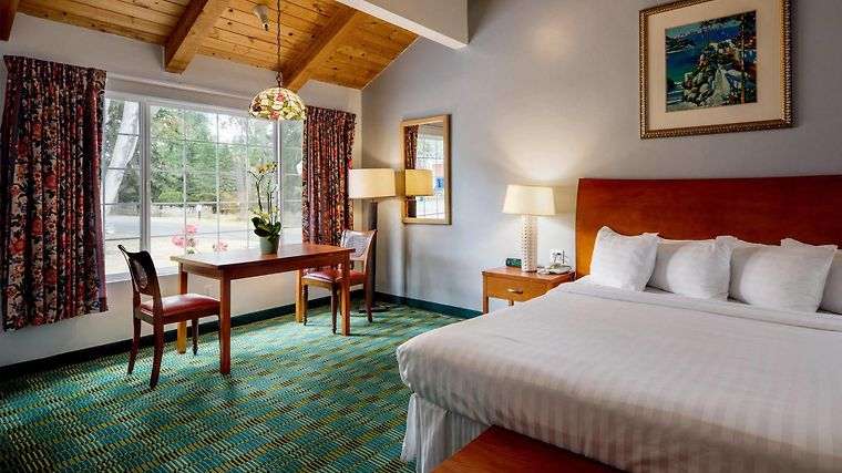 Pleasing Hotel Butterfly Grove Inn Pacific Grove Ca 2 United Download Free Architecture Designs Licukmadebymaigaardcom