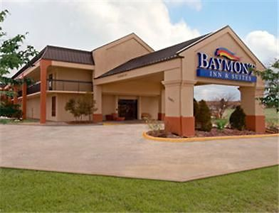 Baymont Inn & Suites Topeka Exterior Hotel information