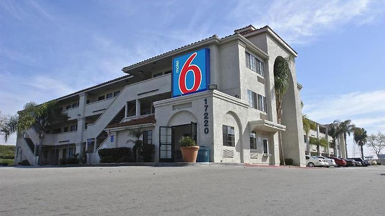 Motel 6 Los Angeles - Bellflower Amenities Exterior view