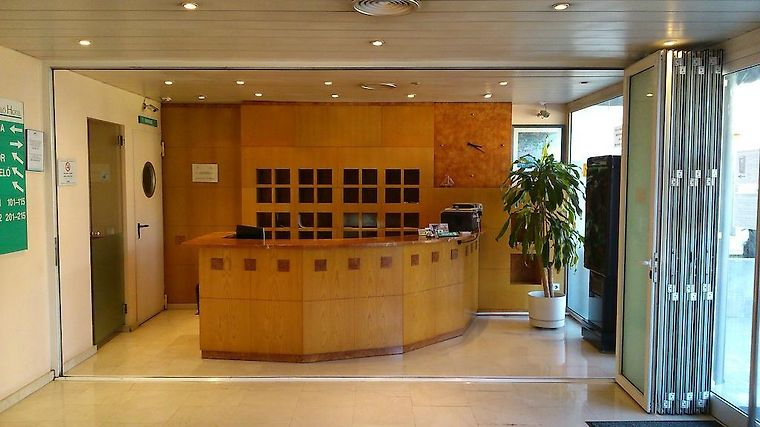 Montmelo Exterior Hotel information
