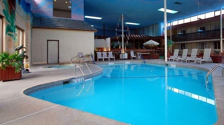 Hotel Clarion Inn College Park Md 3 United States From Us 94 Booked