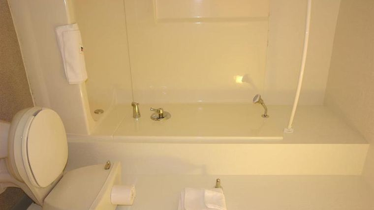 Motel 6 Simi Valley Room Standard Bath