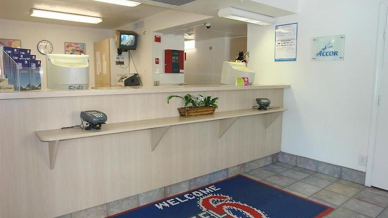 Motel 6 Los Angeles - Sylmar Interior Lobby view