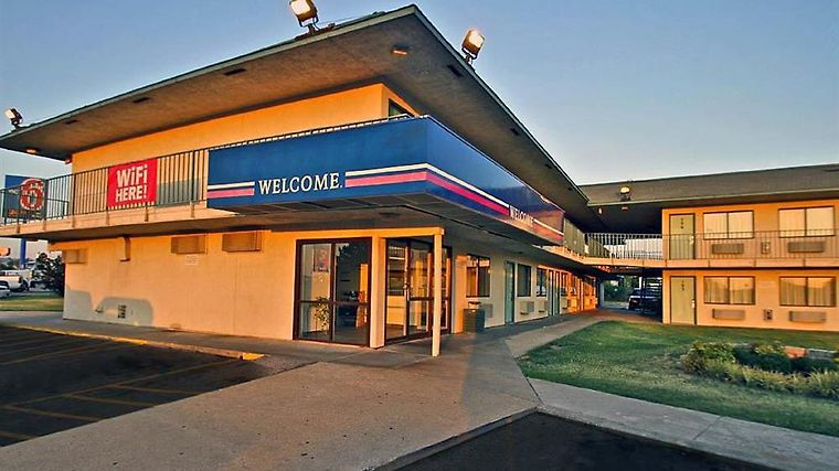 Motel 6 Tulsa West Exterior Exterior view