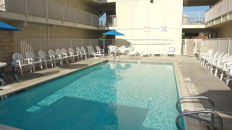 Motel 6 Escondido photos Facilities Pool view