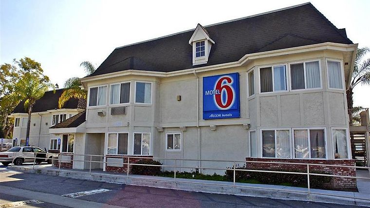 Motel 6 Westminster North Exterior Exterior view