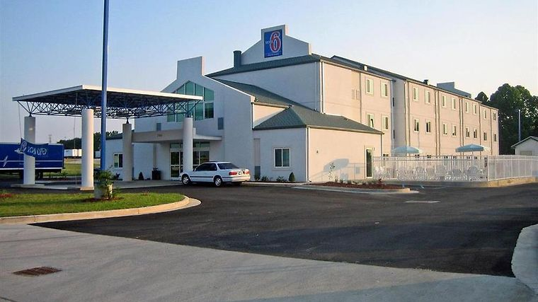 Motel 6 Montgomery Airport - Hope Hull Al Exterior Exterior view