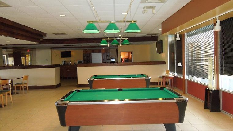 Holiday Inn Cleveland-Elyria/Lorain Exterior Hotel information