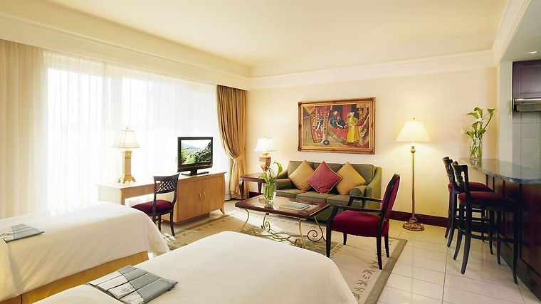 Al Sondos Suites By Le Meridien Room Hotel information