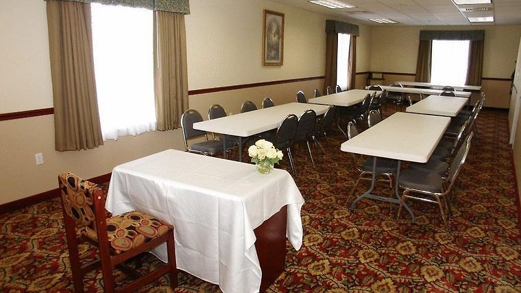 Quality Inn & Suites Facilities Hotel information