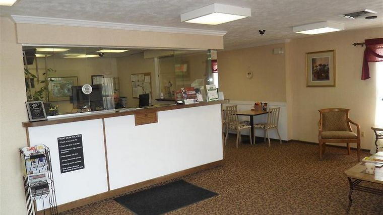 Americas Best Value Inn Alliance Interior Front Desk
