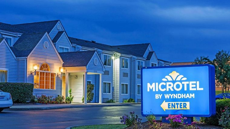 HOTEL MICROTEL INN BY WYNDHAM LEXINGTON, KY 2* (United