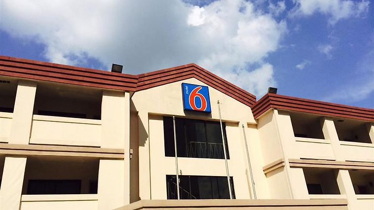 Motel 6 Atlanta Downtown Exterior Exterior View