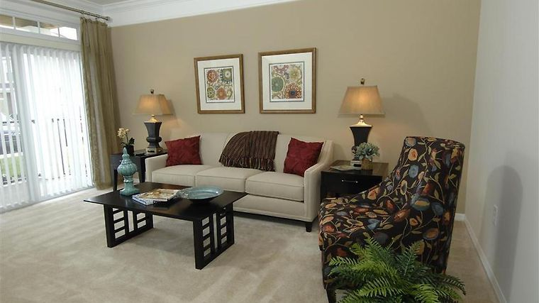 Execustay At Monticello Twn Ct Interior HamptonFurnishedApartmentLivingRoom