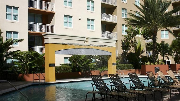Execustay At Camden Las Olas Facilities Pool View