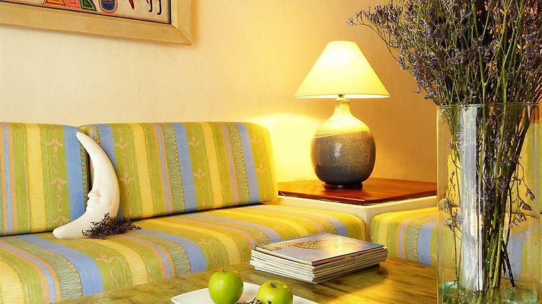 Puerto De Luna Pet Friendly & Family Suites Exterior