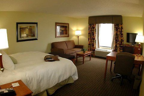 Red Roof Inn Grand Rapids Michigan Flat Pictures