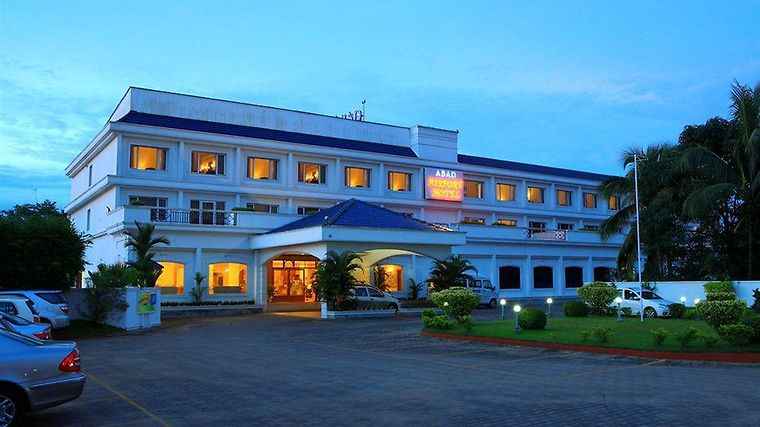 Abad Airport Hotel Exterior
