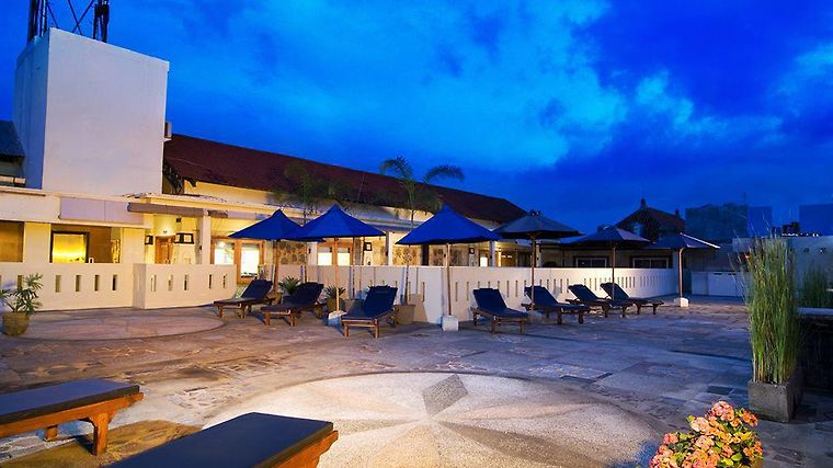 Aston Inn Tuban Exterior