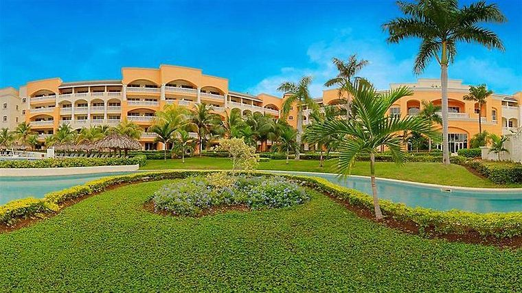 Iberostar Rose Hall Suites All Inclusive Exterior