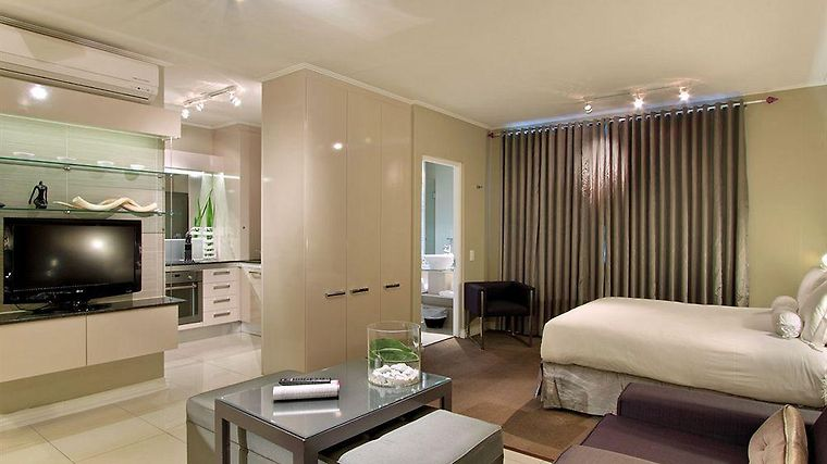 The Hyde Luxury All Suite Hote Exterior