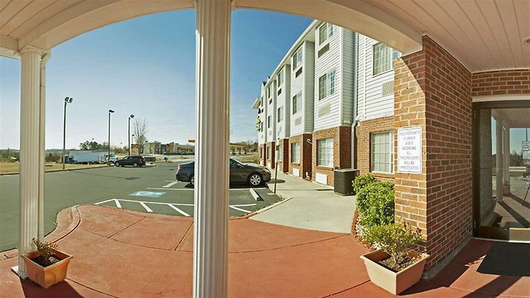 Microtel Inn & Suites By Wyndham Statesville Exterior