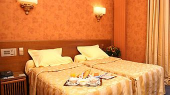 Cecilia photos Room Standard Twin Room