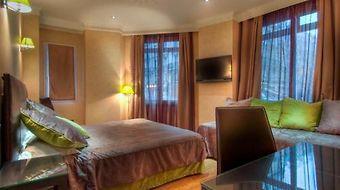 Hotel Claude Bernard Saint-Germain photos Room Quadruple Room