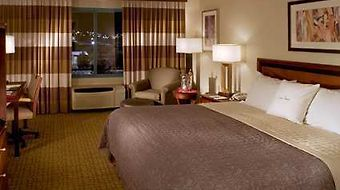 Doubletree Club Las Vegas Airport photos Room 1 King Bed Room-Upgraded Amenities-Nonsmoking