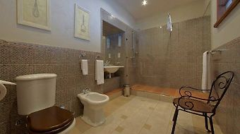 Alexander House Hotel Saint Petersburg photos Room London