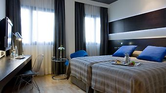 Nh Madrid Las Tablas photos Room Superior Room