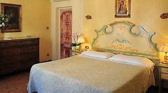 Hotel La Fenice Et Des Artistes photos Room Superior Double/Twin Room