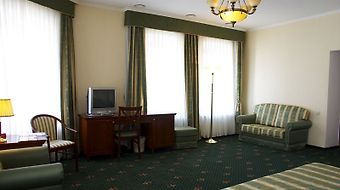 Shalyapin Palace Hotel Kazan photos Room Executive Suite With One King Size Bed
