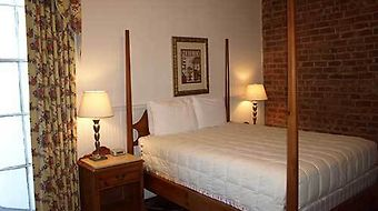 Prytania Park Hotel photos Room Charming Old World Queen