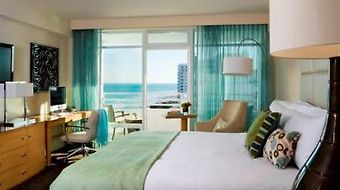 Fontainebleau Miami Beach photos Room Standard Room