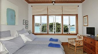 Beachfront Wellington Bed And Breakfast photos Room