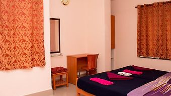 Raj Grand Days Hotel photos Room