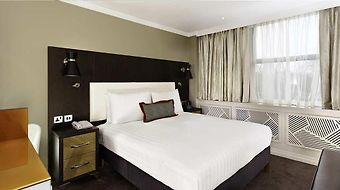 Doubletree By Hilton London Ealing photos Room Queen Guest Room