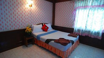 Lanta Paradise Beach Resort photos Room Standard Double Room