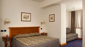 Diplomatic photos Room Superior Double Room