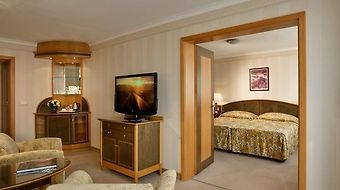 Danubius Health Spa Resort Margitsziget photos Room Executive Suite