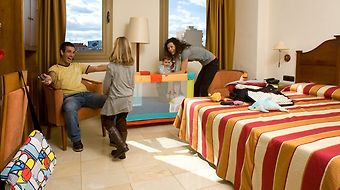 Expo Hotel Valencia photos Room Family Room